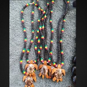 Reggae color beads necklace with turtle